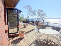 Custom South Facing Waterfront Home - Dockside Realty Pender Island