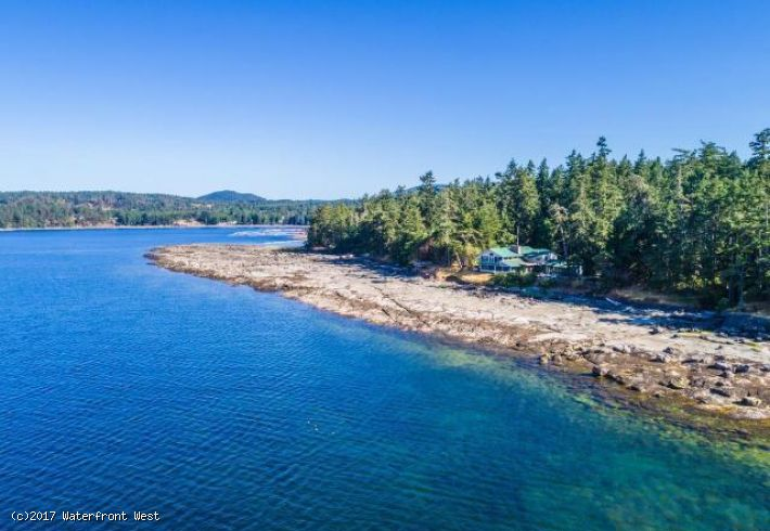 Private Vancouver Island Estate with Custom 3.41 Acres Prime Walk-on Waterfront
