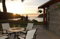 Mayne Island Resort - Oceanfront Cottages for Sale