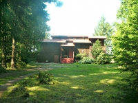 Classic Waterfront Home - Dockside Realty Saturna Island