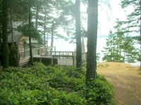 Cliffside Cabin - Dockside Realty Saturna Island