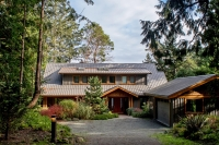 Truly an Oceanfront Dream! - Dockside Realty Pender Island