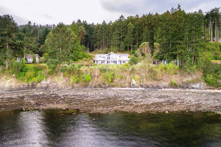 Special Waterfront Acreage - Dockside Realty